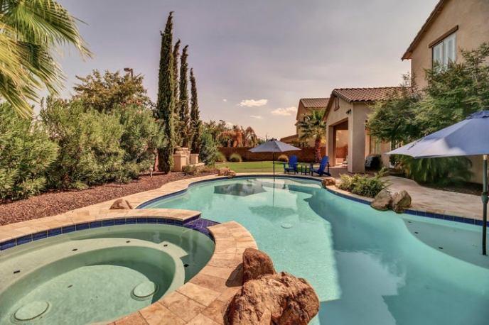 6341 S CLAIBORNE Avenue, Gilbert, AZ 85298