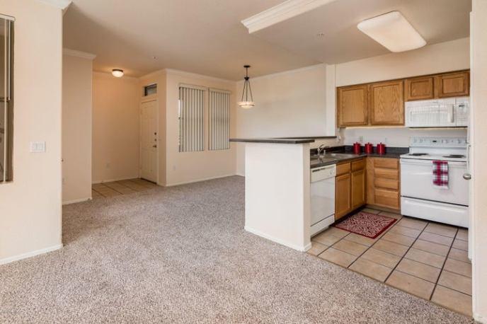 20100 N 78TH Place, 2104, Scottsdale, AZ 85255