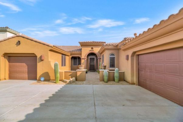 3532 E EXPEDITION Way, Phoenix, AZ 85050