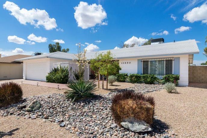 11450 S HALF MOON Drive, Phoenix, AZ 85044