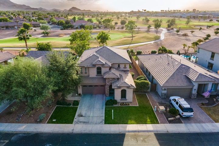 6596 S CARTIER Drive, Gilbert, AZ 85298
