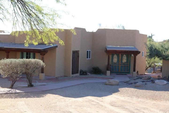 1070 N Mustang Trail, Wickenburg, AZ 85390
