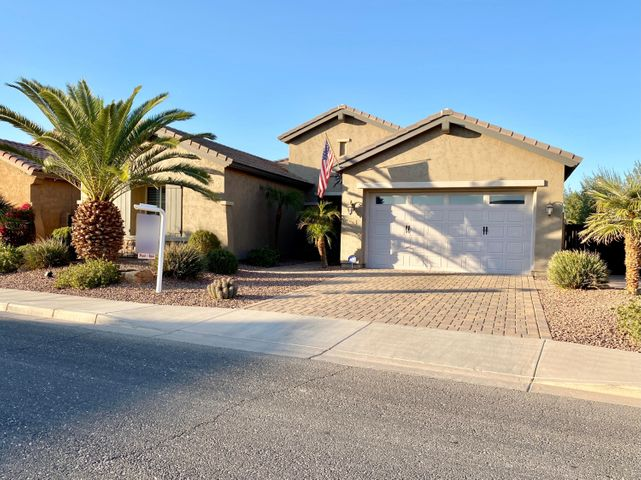 610 W Yellowstone Way, Chandler, AZ 85248