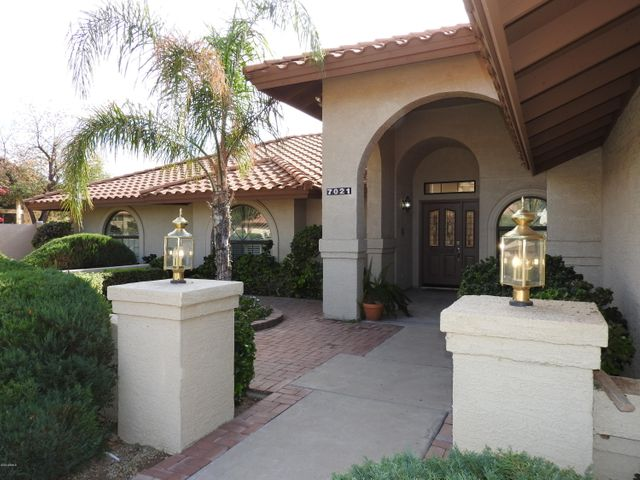 Gracious and Inviting Front Entry.