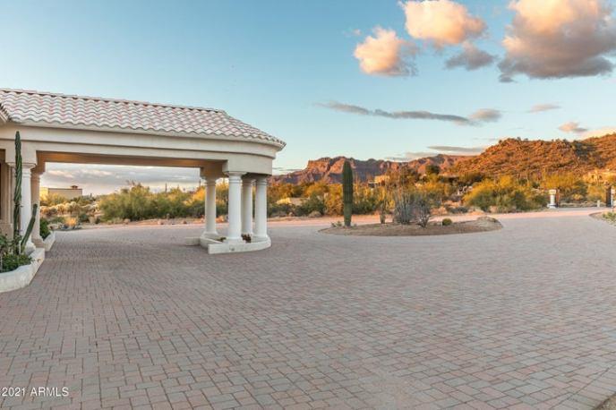 10953 E PALM Way, Gold Canyon, AZ 85118