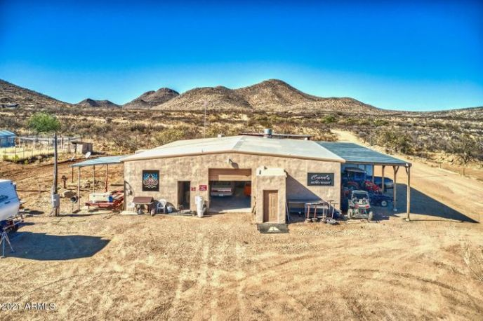 875 W Main Chance Road, Tombstone, AZ 85638