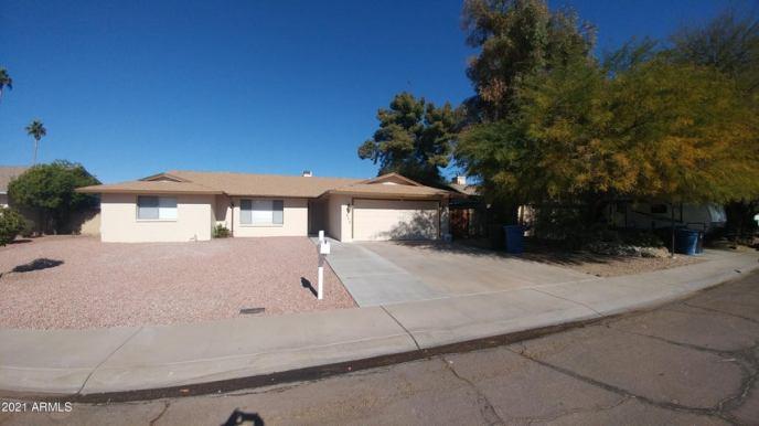 602 E LODGE Drive, Tempe, AZ 85283