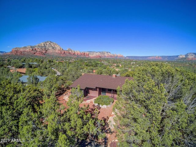 Arroyo Pinon Ranch Sits High Above West Sedona!
