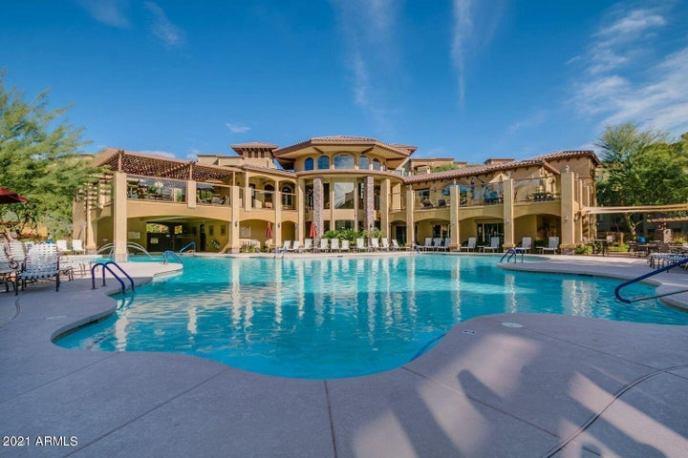 5450 E DEER VALLEY Drive, 4013, Phoenix, AZ 85054