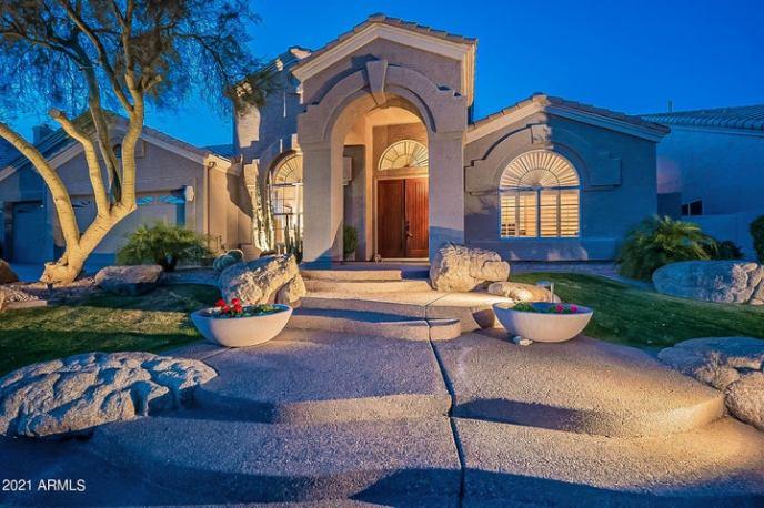 108 W NIGHTHAWK Way, Phoenix, AZ 85045