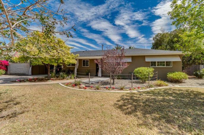 3859 N 50TH Place, Phoenix, AZ 85018