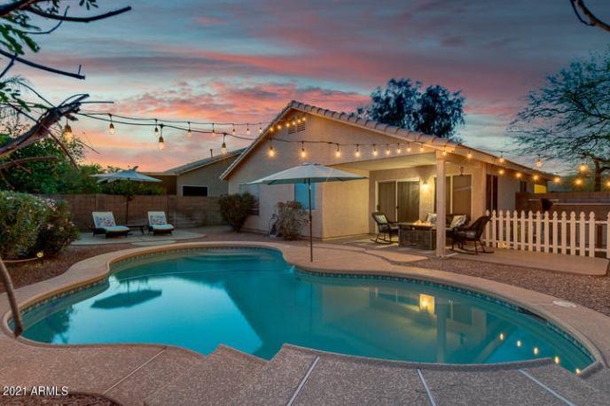 2835 E HARWELL Road, Gilbert, AZ 85234