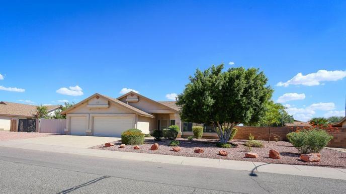 5201 N 85TH Avenue, Glendale, AZ 85305