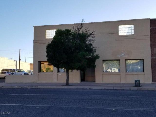 936 N F Avenue, Douglas, AZ 85607