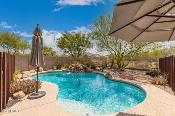 BLACK MTN VIEWS FROM YOUR POOL OASIS