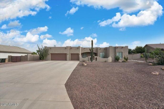 13022 W MCLELLAN Court, Glendale, AZ 85307