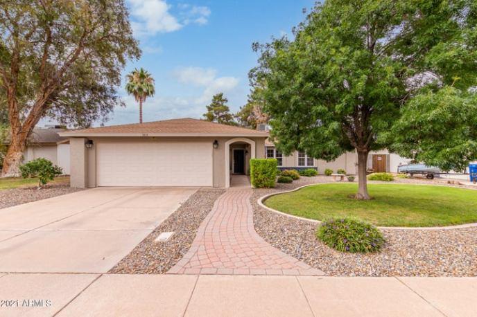 1831 W MISSION Drive, Chandler, AZ 85224