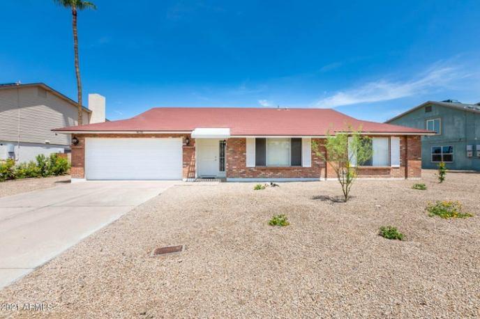 4618 W LINDNER Drive, Glendale, AZ 85308