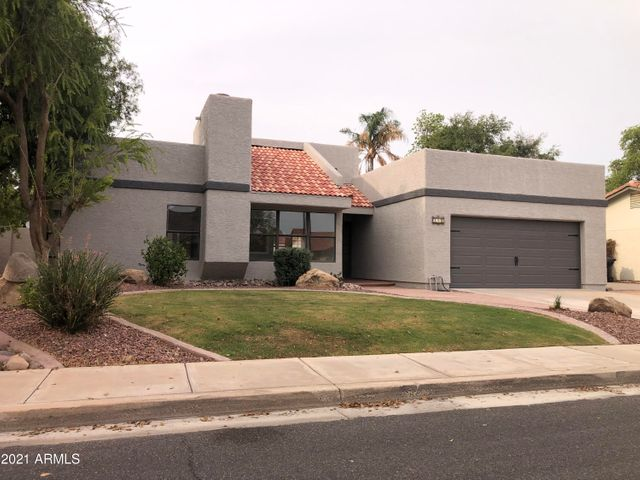 490 E SAN ANGELO Avenue, Gilbert, AZ 85234