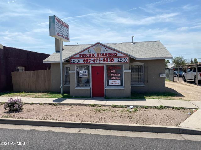 925 E INDIAN SCHOOL Road, Phoenix, AZ 85014