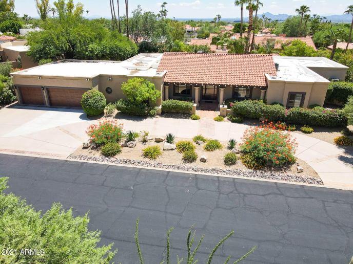 8217 E CANDELARIA Drive, Scottsdale, AZ 85255