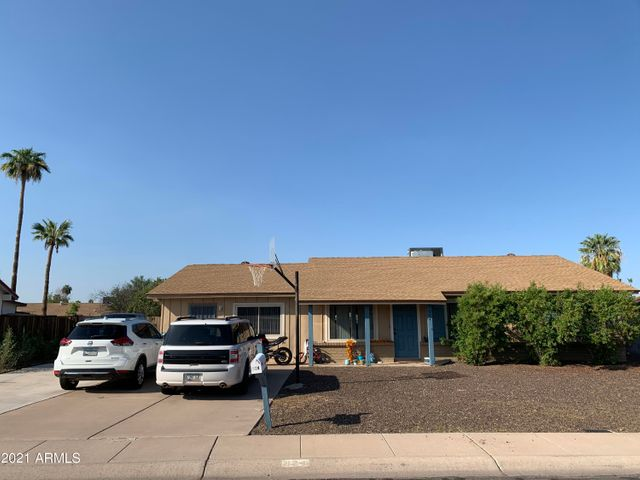 824 W FORDHAM Drive, Tempe, AZ 85283