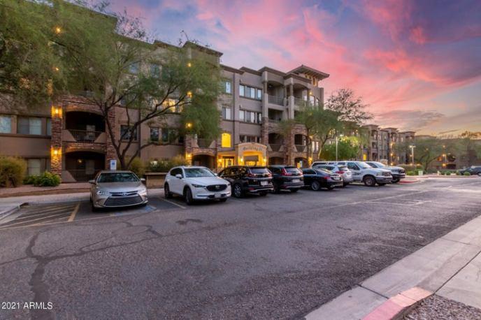 5450 E DEER VALLEY Drive, 2211, Phoenix, AZ 85054