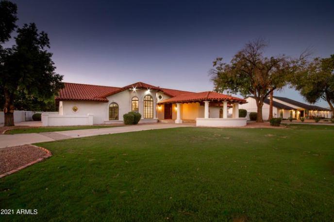 1320 N VILLA NUEVA Drive, Litchfield Park, AZ 85340
