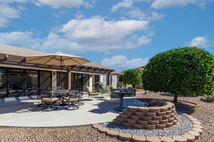 18018 N 136TH Drive, Sun City West, AZ 85375