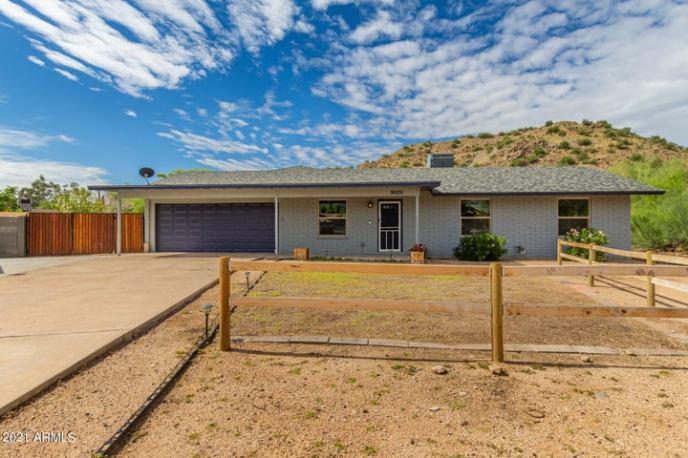 9005 E GRANDVIEW Drive, Mesa, AZ 85207
