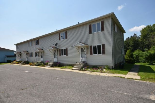 580 South Main St, 5, Lanesboro, MA 01237