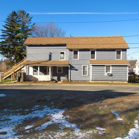 75 Henry Ave, Pittsfield, MA 01201