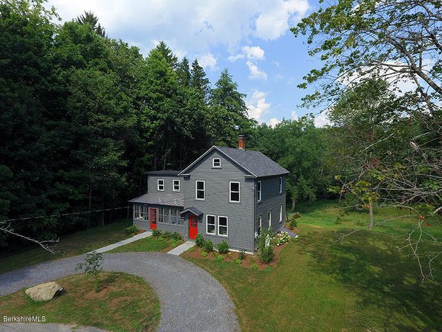 81 Division St, Great Barrington, MA 01230