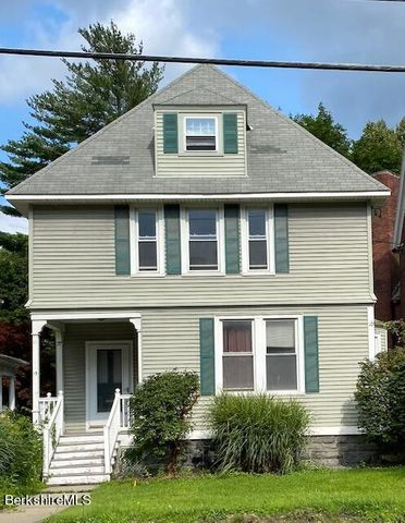 15 Commercial St, Adams, MA 01220