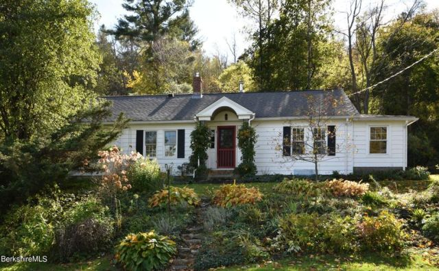 193 South Mountain Rd, Pittsfield, MA 01201
