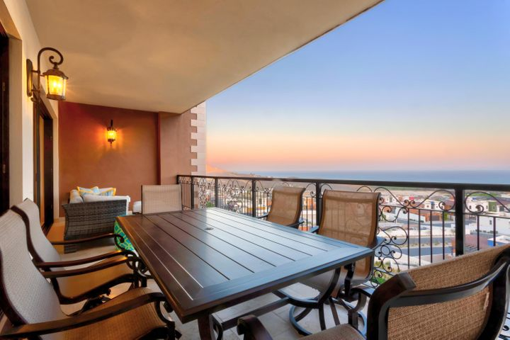 Located on the 5th floor, T3, Copala 2 bed, 2 bath, Pacific,