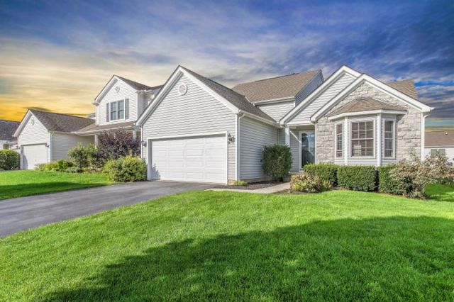 8845 Meadow Grass Lane, Lewis Center, OH 43035