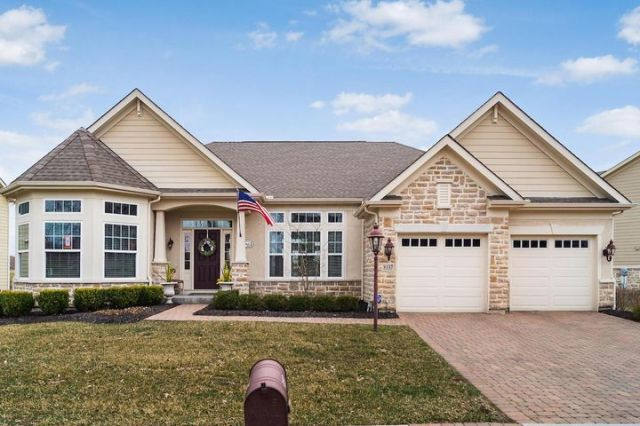 8137 Coldwater Drive, Powell, OH 43065