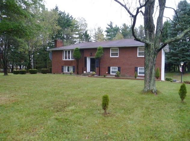 920 COUNTRY CLUB RD, Clearfield, PA 16830