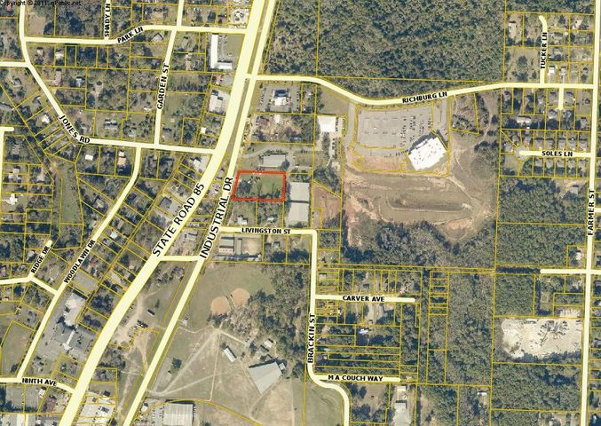 Vacant lot (1.52 acres) that is located right off N. Ferdon Blvd in close proximity to the intersection with Richburg Ln. The lot is high and dry. All utilities are close to the site. Survey and some conceptual building plans are available.