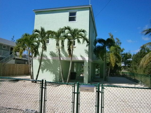 19 Harbor Drive, Key Largo, FL 33037