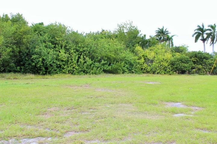 N Bahama Drive, Duck Key, FL 33050