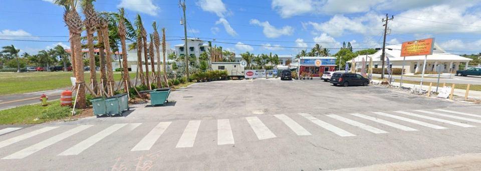 2264 Overseas Highway, 1, Marathon, FL 33050