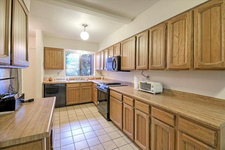 3147 Dolbeer #14 Street, Eureka, CA 95503