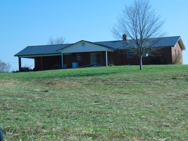 Golden Pearman Lane, Cumberland Gap, TN 37724