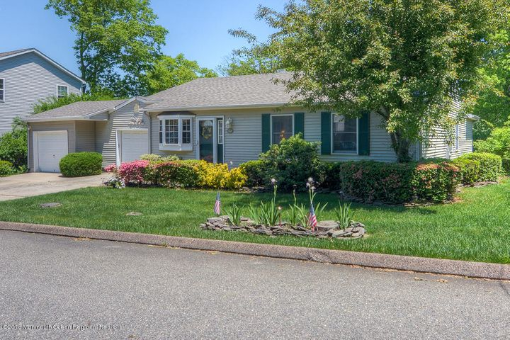 2202 Hollywood Drive, Forked River, NJ 08731