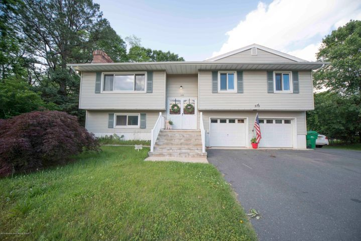 575 Toms River Road, Jackson, NJ 08527