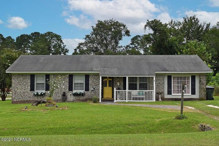 101 Linville Drive, Castle Hayne, NC 28429