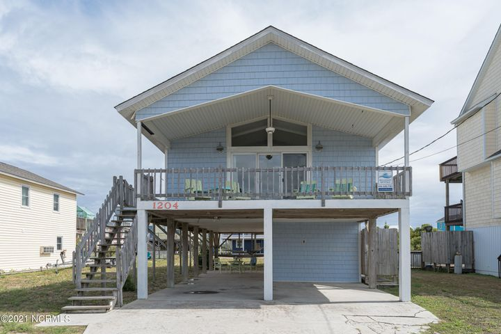 1204 N New River Drive, Surf City, NC 28445