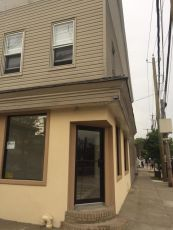 512 Tompkins Avenue,Staten Island,New York,10305,United States,Commercial,Tompkins,1113088